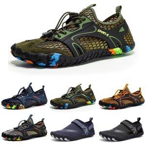 New Mens Womens Wading Shoes Platform Designer Traineri Triplo Black Black Black Bianco Fashion Breath Breath Outdoor Men Donne Sports Sneakers