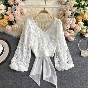 Camicetta con scollo a V nero / bianco Donne Sexy Hollow Out Tops Elegante Elegante Bordare Bold Sleeve Bandage Brotch Shirt Autunno 2020 Fashion1