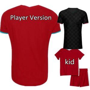 Novo 2020-21 Top Thai Quality Version Version Soccer Jersey Fan Versão Crianças Uniforme Personalizado Camisa De Futebol Vermelho e Preto Kit