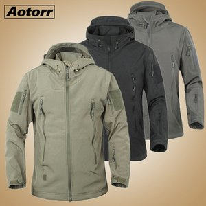 Military Tactical Fleece Jacket Men Army Polartec Windproof Softshell Jacket Man Multi Pockets Hoodie Coat Rain Outerwear Q1110