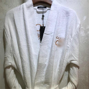 INS Stil Harf Unisex pijamalar Kış Sıcak Lover Pijama Set için Yumuşak Dokunuş Erkekler Kadınlar Bornoz Doğum Hediye