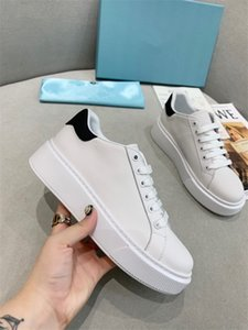 Leather women Casual Shoes Mens shoes sneakers Genuine leather embroidery Classic trainers python Embroidered Love rx200512