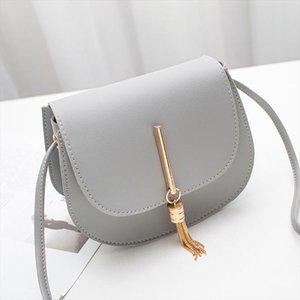 Fashion Tassel women Crossbody Bag PU Leather small flap Messenger bag for Ladies Sling bag Mobile phone wallet Handbags bolsa