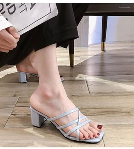 Manlegu Luxury Diapositivas de lujo Mujer Slippers Summer Open Toe Med Heel Casual Zapatos Ocio Sandalia Femenina Playa Flip Flops1