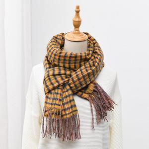 Luxury-Royalmaybe 2020 new bib women's retro plaid autumn and winter warmth imitation cashmere long shawl fashion scarf Plaid