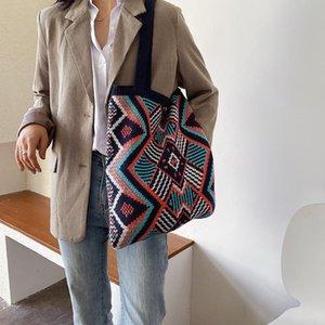Lady Knitting Gypsy Bohemian Boho Chic Aztec Bolsa de asas Mujeres Crochet Woolen Open Shopper Bolsa de hombro 2021 Bolsos diarios femeninos