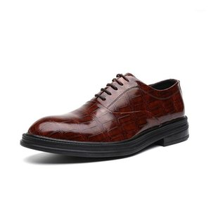 Scarpe da uomo Oxfords Leather Shoes Comfort Lace-up Formal Business Office Ufficio di Business da sposa Groom Party Suit Scarpe Daily Elegante per il maschio1