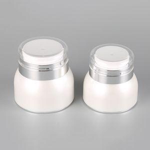 30g 50g acrílico Cosmetic Jars pérola branca Airless Mão Plastic Face Cream Jar Garrafa redonda com AHA1792 Collar prata brilhante