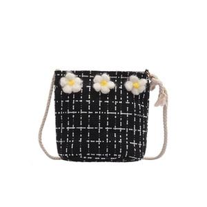 Frauen Wilde Messenger Bag Kleine frische Eimer Wolle Strick Umhängetasche 2021 Womens Geldbörsen und Handtaschen Damen Designer Satchel #s
