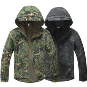 Hiking Jackets Shark Skin Soft Shell Military Tactical outdoor Jacket Men Waterproof Army Fleece Clothing Camouflage Windbreaker
