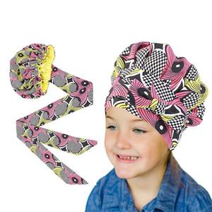 Neue Kind Afrikanische Druck Satin Motorhaube mit langen Ribbon Wrap Doppelschicht Headwrap Ankara Muster Frauen Haarbedeckung Haar Wickelkappe