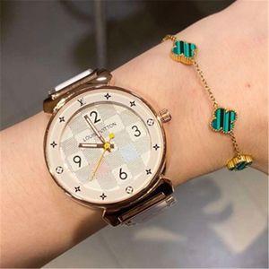 Nouveautés LV Femmes Mode Montre de luxe robe Designer Nombre Dial femmes robe horloge en acier Quartz LetterLV de Noël avec la boîte
