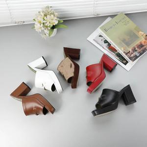 Yeni Tasarımcılar Kadınlar Kalın Topuklu Sandalet Kız Platformu Topuklu Ayakkabı Lady Rahat Tıknaz Pompalar Deri Yumuşak Açık Terlik Büyük Boy 41 # GL12