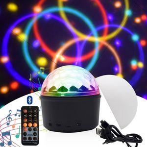 Mini lámpara de bola mágica de mini cristal Altavoz Bluetooth LED musical Luz de iluminación Disco Ball Proyector Luces de fiesta USB Carga Noche Luces