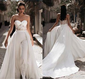 Lace Appliqued Macacões vestido de casamento com destacável saia Querida Tulle Praia vestido nupcial Boho Vestidos Mãe dos ternos noiva
