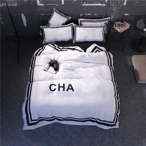 C Diseñador blanco Conjuntos de cama conjuntos de edredón Velvet Modern Queen cama edredones Conjuntos Funda 4 PCS Cajas de almohadas Venta caliente Ropa de cama