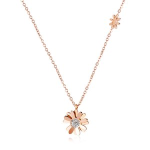 New Luxury Design Handmade Womens Gold and Rose Gold Plated Small Stainless Steel Flower Charm Necklace