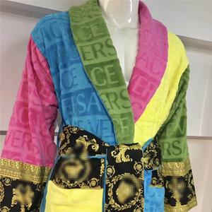 INS Moda Unisex Kadife Bornoz Moda Nakış Desen Erkekler Kadınlar pijamalar Parti Ziyafet Uyumlu Çift Pijama Takımı