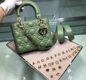 singolo sacchetto di spalla di 7A di fascia alta qualità personalizzati diagonali incrociate sacchetto di modo di stile gli accessori metallici in oro della signora classica con una lunga str spalla