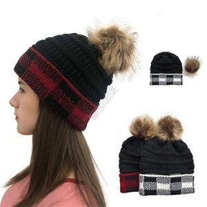 Crochet tricoté hiver Heanie Chapeau de femmes Designers Vêtements Coupes à carreaux Coupes de crâne Casquettes de crâne Luxurys amovible Pom amovible Chapeau de ski Headwears D102711