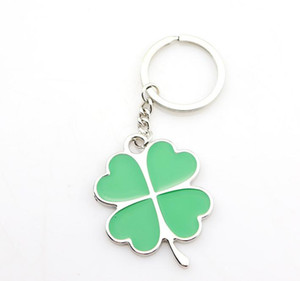 Fashion Green Leaf Keychain Creative Beautiful Four Leaf Clover Metal Lucky Keyring Cute Portable Small Key Holder