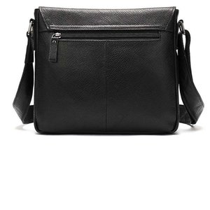 Briefcase Men's Fashion Casual Solid Color Business Shoulder Bag Outdoor Messenger Bags for male's in black color