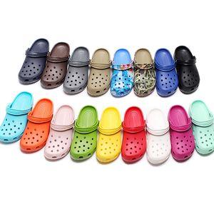 Neue Mode Slip On Casual Beach Clogs Wasserdichte Schuhe Männer Klassische Krankenpflege Clogs Krankenhaus Frauen Hausschuhe Arbeit Medizinische Sandalen