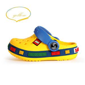 Kids Sandals Crocks 2021 New Summer Slippers Kids Parent Child Shoes Corcs Charms Flip Flops Slides Cute Cartoon Scandals