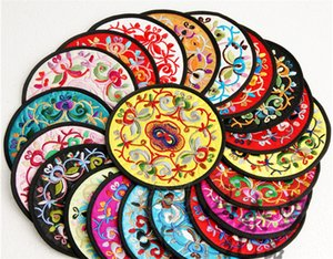 Many Types Chinese Creative Circular Embroidery Cloth Cup Mats Round Slip Slice Coasters Coffee Mug Mat for Tableware Durable Pad