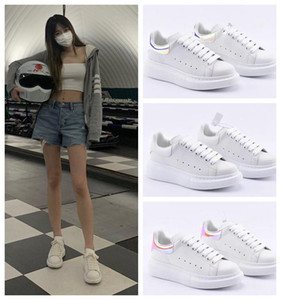 Kadife siyah simgesiAlexander Mens Bayan Düz Platformu Rahat Sneakers McQueens Tasarımcılar Ayakkabı Deri Katı Renkler Elbise Ayakkabı 6ad5C