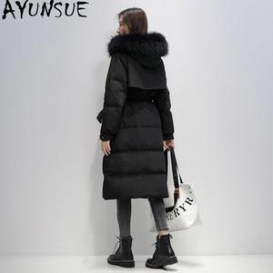 Por la chaqueta 2020 invierno perro mapache cuello de la piel de las mujeres de largo AYUNSUE Pato blanco abajo cubre la chaqueta de las mujeres Mujer Puffer Parka Grueso