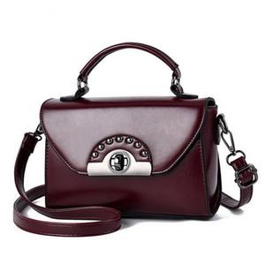 Top quality retro handbags 2020 new winter fashion wild shoulder bag small square package female diagonal package Crossbody Bolsa Lady Vinta