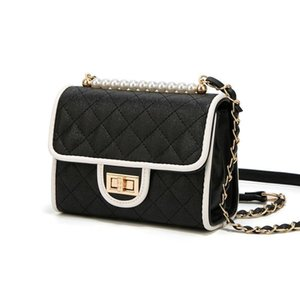 Senior Feel Luxury Bag Western Style Oblique Satchel 2019 Summer Texture Small Black Package Joker Chain Package Temperament Goddess Tide
