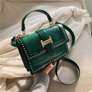 Femme Pu Leather Rivets Shoulder Bags Womens Bag Female Tasje Travel Designer Sac Fashion Main Luxe Sac Flap Crossbody Bag Rfnrd