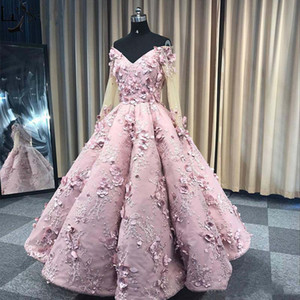 De véritables photos Rose Encolure Robes de bal 3D Floral Appliqued Femme Occasion Pageant Robes Quinceanera