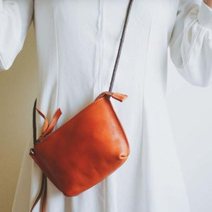 NIUBOA Frauen Messenger Bag Echtes Leder Kleine Sommer Umhängetasche Schultertasche Euro Vintage klassische Kuhfell-Frauen-Beutel-Mappen LJ201110