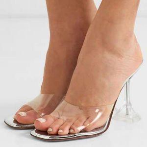 Donne Luita Metallic Mules Muli PVC Top Strap Transparent Curved Sandals Sandali Clear Fashion Summer Crystal Shoes Shoes Shotters Pantofole