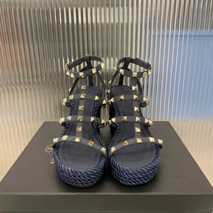 디자이너 Rockstud Hight Espadrilles 소 가죽 신발 Riveting 버클 원래 가죽 신발 웨딩 파티 신발 높은 뒤꿈치 상자