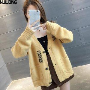 NIJIUDING Вязаная Кардиган Письмо жаккарда Женщины Сладкий небольшой свежий Top V-образный вырез Осень 2020 Новый Сыпучие корейский студент свитер пальто