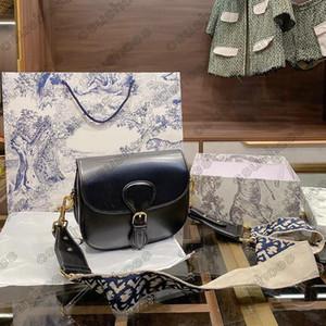 Sacs obliques de designer Lady Grand sac à poche avec bracelet brodé Femmes Hookbags Handbags Véritable Calfskin En Cuir Sac
