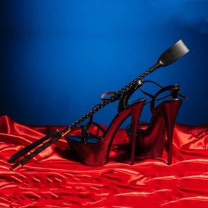Fantasía BDSM Boutique Sexuels Récolte Soumission Pour Fouets Bondage Fessée de Esclave Fétiche Poignée Pagaie Équitación JOUETS OTDW