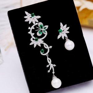 Marca coreana de lujo Zircon Pearl Flower Butterfly S925 Plata Aguja Gota Pendientes Joyería Moda Mujeres Brillante Zircon Pendientes Asimétricos