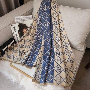 Новый зимний зимний дизайнерские шарфы женские039; S девочки шелковые леопардовые сатинские шарфы квадратные фашинг головной офис Shawalbrand Scarf Olors Fashio Ivgq