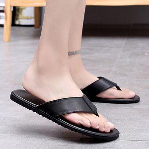 Men Flip Flops Beach shoes Flat Sandals Designer Slippers spring Summer Shoes Fashion Slides Rubber outdoor slippers men k3 T200408