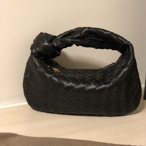 Latest braided leather Knotted circular hobo bag 32510 loulou bag pochette The vertical soft modelling Super for concave styling