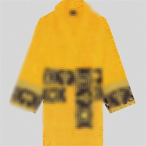 2 couleurs Soft Touch unisexe Peignoir classique Personnalité Designer Hommes Femmes Vêtements de nuit pour jour de Noël cadeaux Couple Thicken Pyjama Set