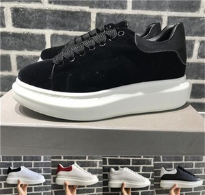 New Velvet Black Mens Womens Casual Shoe Beautiful Platform Casual Sneakers Luxury Designers Shoes Leather Platform Dress Shoe Sports