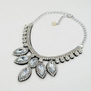 2020 Crystal Wedding Jewelry Deciso Collana Accessori abbigliamento Abbigliamento 6 colori Optional of Women Romantic Collar Pendants