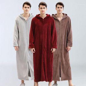 Hommes peignoir plus engrais pour augmenter le service à domicile Hiver Flannel Pajamas Pajamas plus Velvet Tableau de peignoir à capuche pour hommes