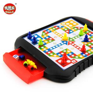 Jeux de la carte Haute Qualité Style Tiroir Chess Mini Mini Portable ABS Portable Ensemble d'échecs en plastique Jeux de société Jeux enfants cadeau